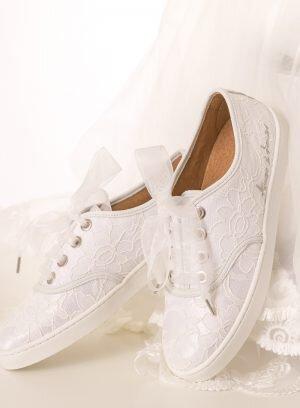 Ténis Branco de Noiva