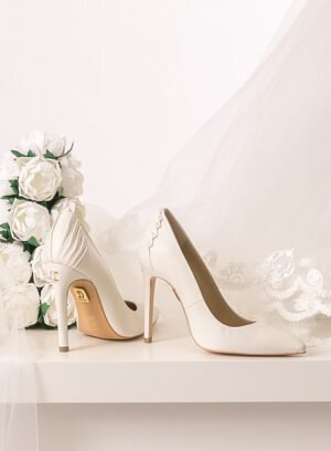 Sapato de salto alto para noiva
