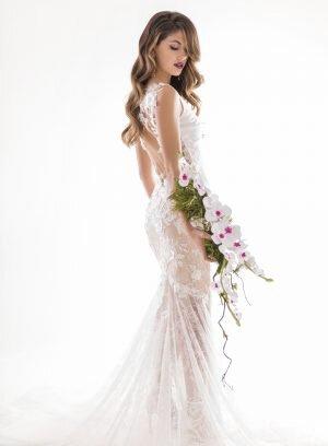 Vestido de Noiva Costas em Renda